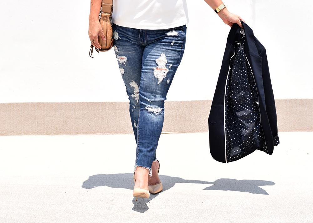 Casual Outfit Los Angeles Fashion Street Style Blogger Personal Stylist Steve Madden Nude Court Shoes