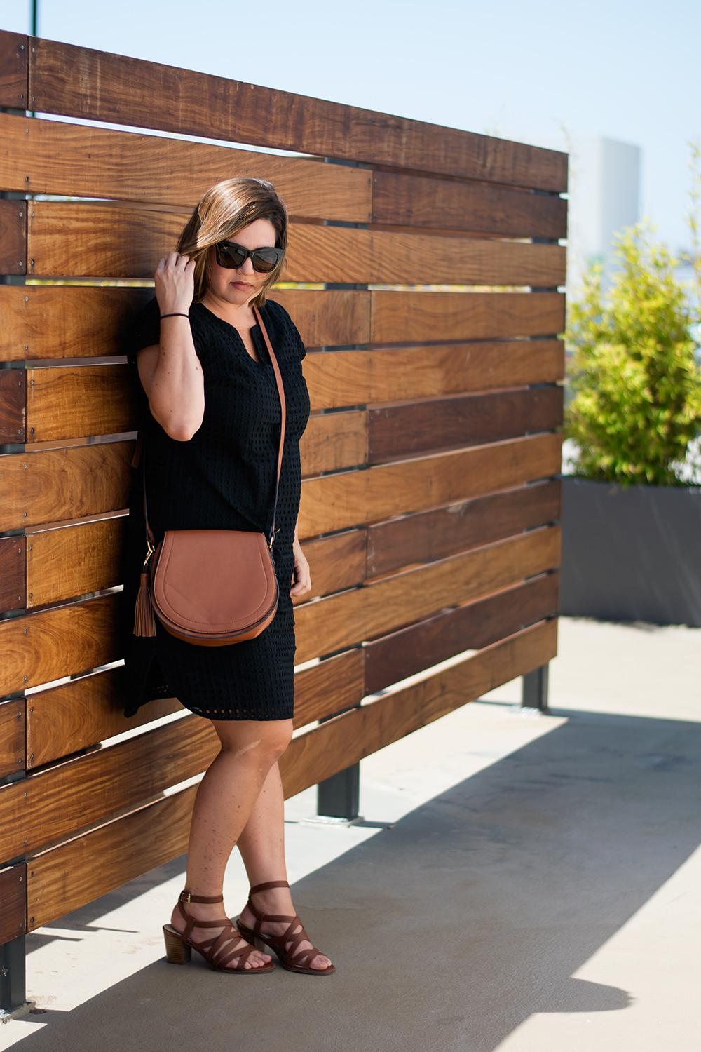 casual-outfit-los-angeles-fashion-street-style-blogger-personal-stylist-old-navy-saddle-bag-0497
