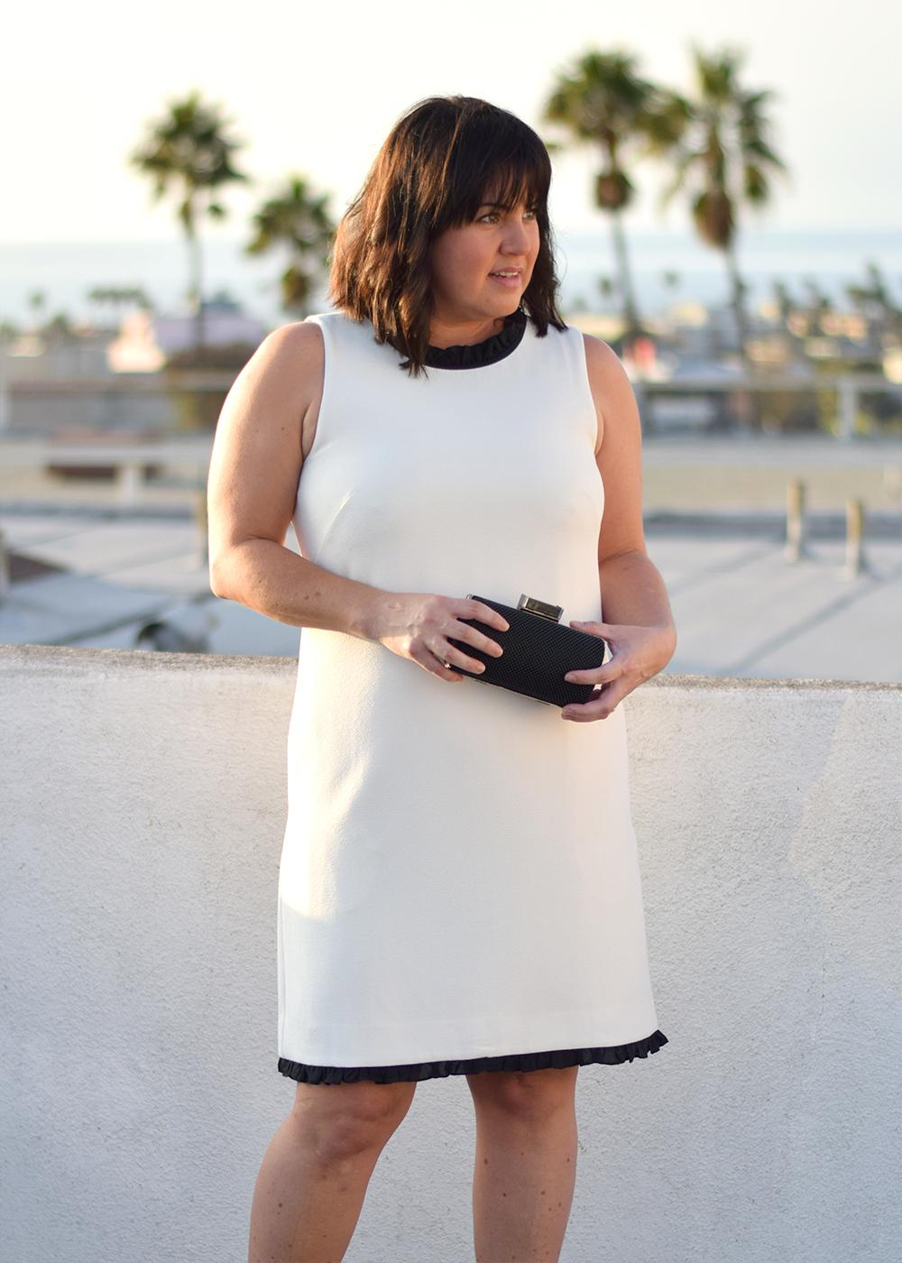 how-to-style-a-dress-4-ways-j-crew-ruffle-trim-shift-dress-barefoot-in-la-fashion-blog-outfit-ideas-0786