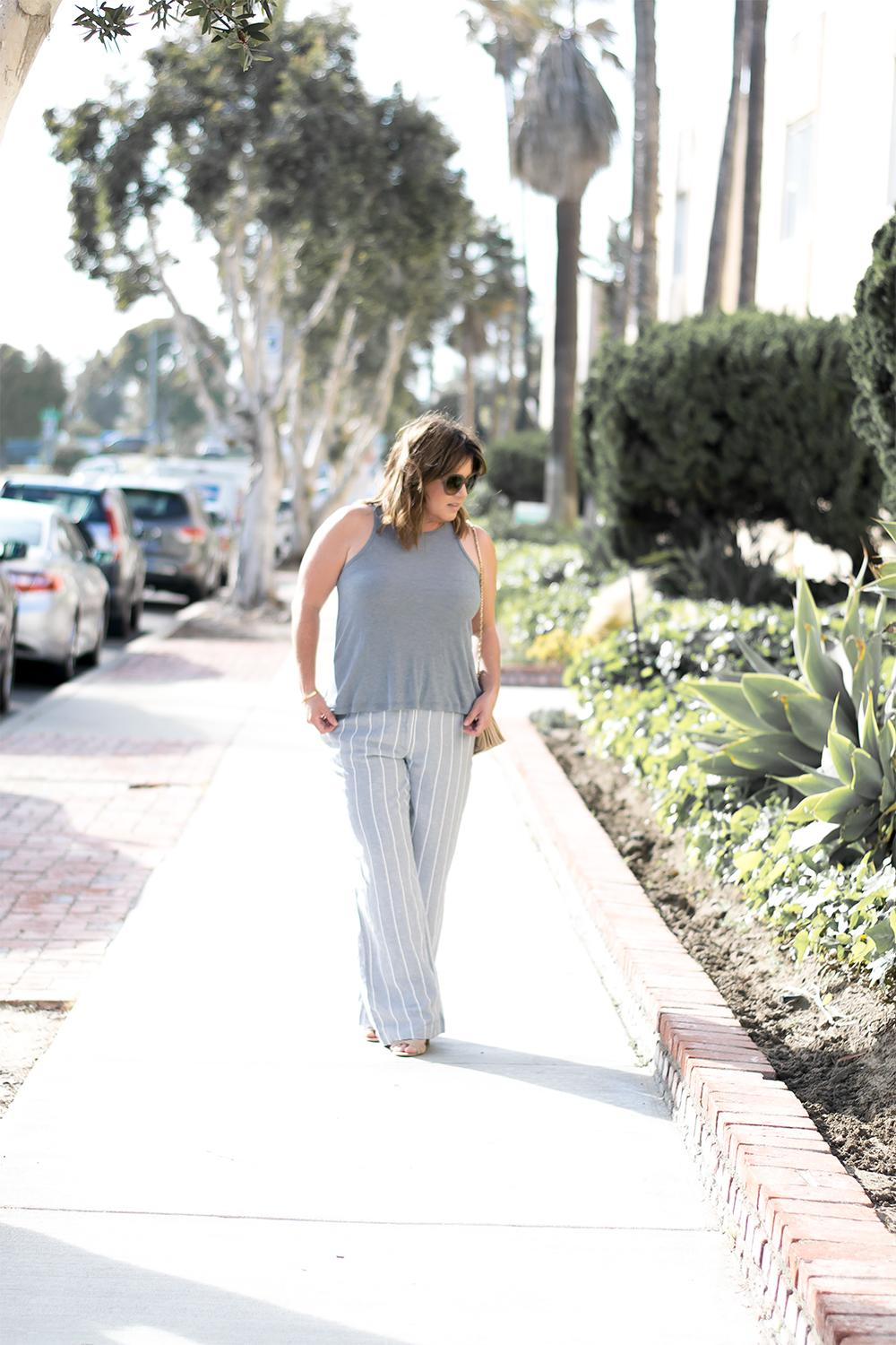 Striped-Linen-Pants-Outfit-Top-Blogger-Outfits-for-2017-Barefoot-in-LA-Fashion-Blog-Style-Ideas_1014