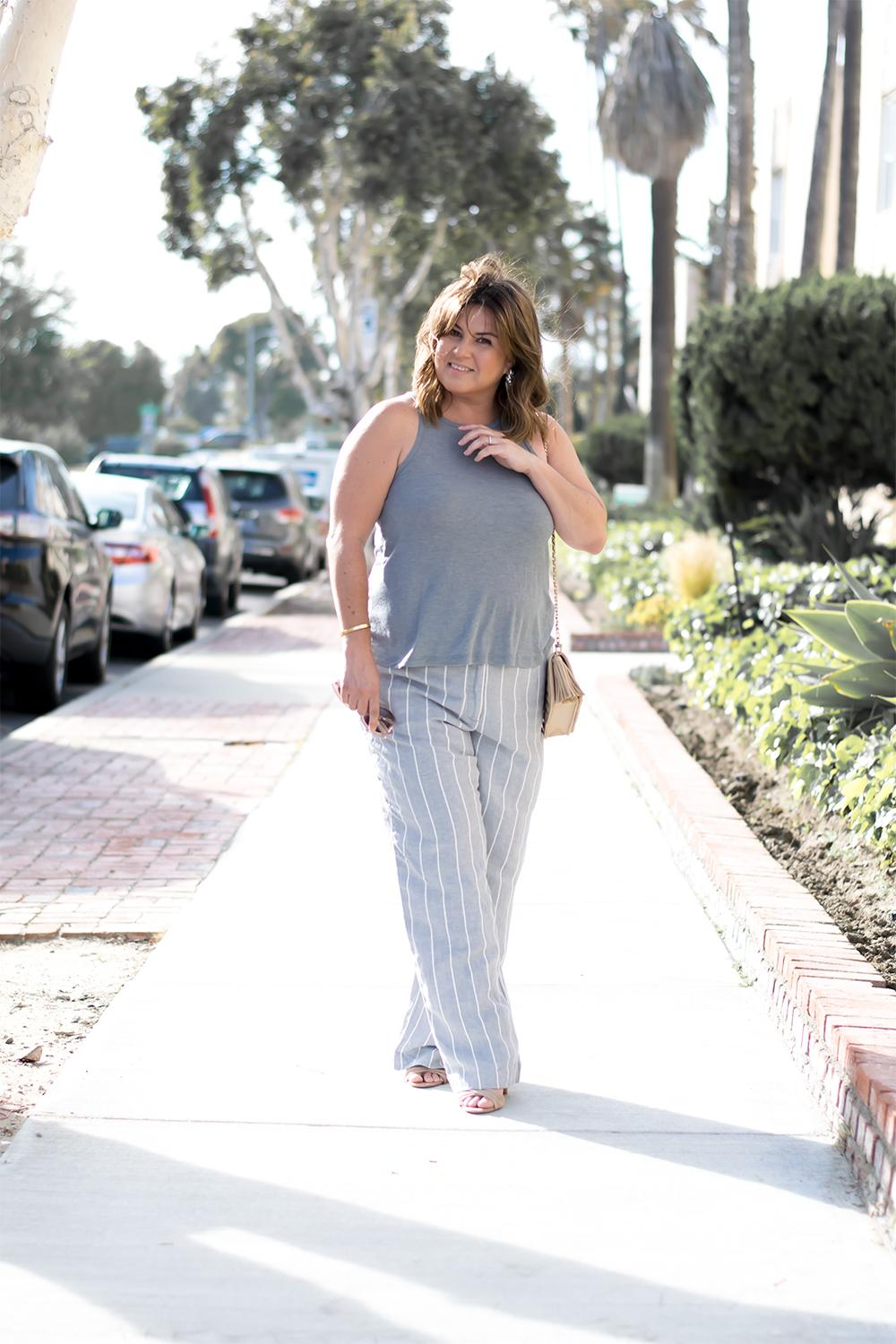 Striped-Linen-Pants-Outfit-Top-Blogger-Outfits-for-2017-Barefoot-in-LA-Fashion-Blog-Style-Ideas_1031