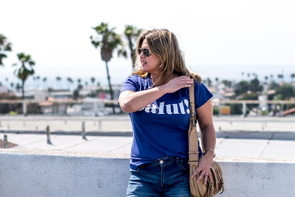 Top-10-graphic-tees-2017-biggest-fashion-trends-barefoot-in-la-fashion-blog-style-outfit-ideas-how-to-wear-a-graphic-tee_1288