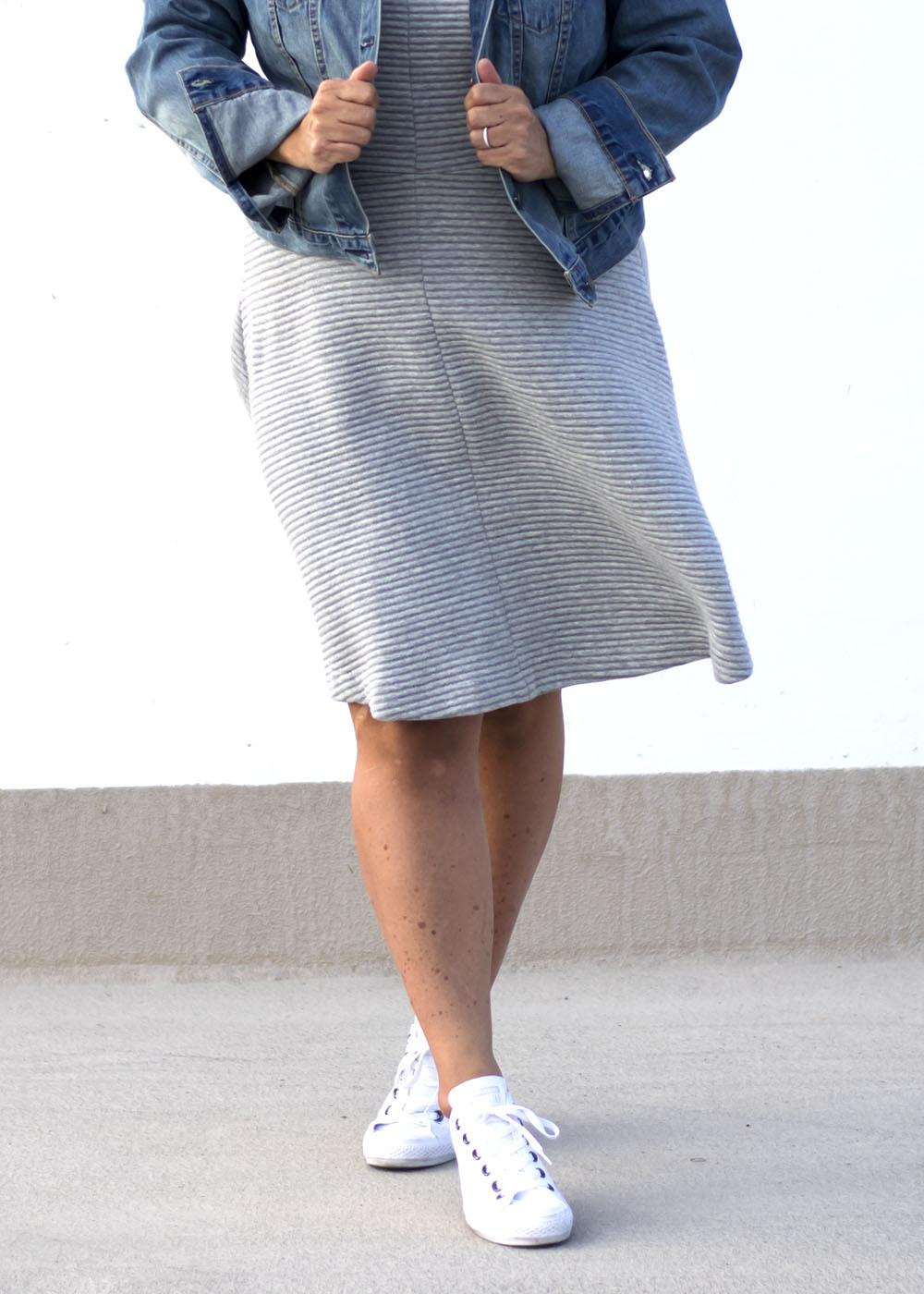 Casual Outfit Los Angeles Fashion Street Style Blogger Personal Stylist Grey Aline Dress