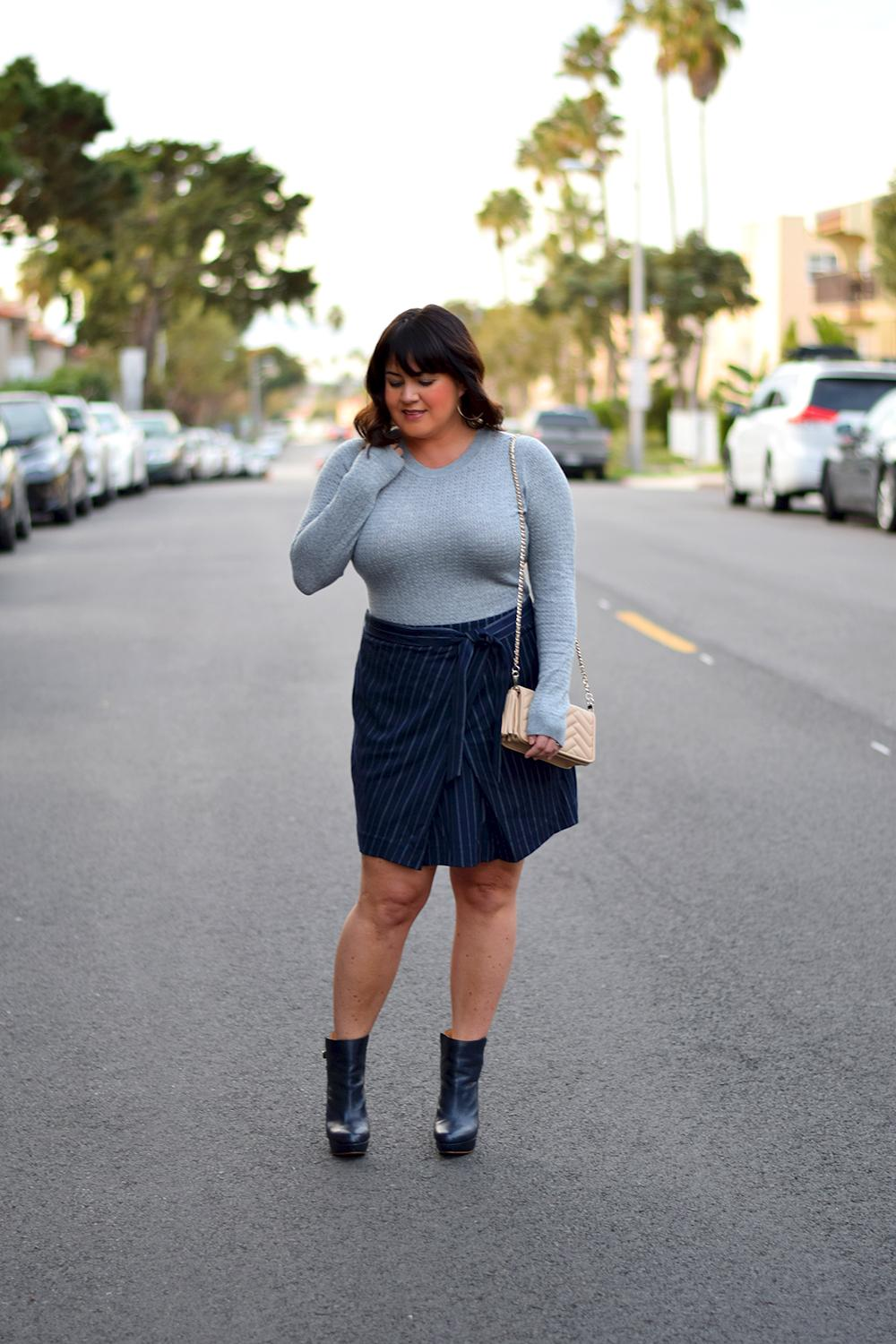 Blue-Pinstriped-Skirt-and-Platform-Booties-Outfit-Barefoot-in-LA-Fashion-Blog-Style-Ideas-0006