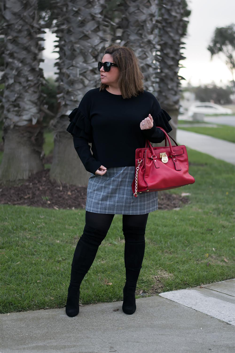 HM-Ruffle-Sleeve-Sweater-Outfit-Street-Style-Looks-to-Copy-in-2017-Barefoot-in-LA-Fashion-Blog-Style-Ideas-0832