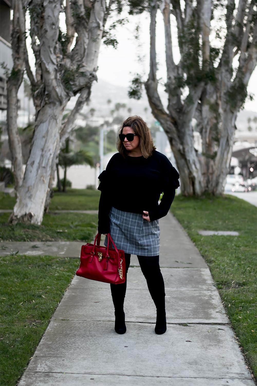 Hers-and-His-Casual-Weekend-Outfits-Top-Blogger-Outfits-for-2017-Barefoot-in-LA-Fashion-Blog-Style-Ideas-0862