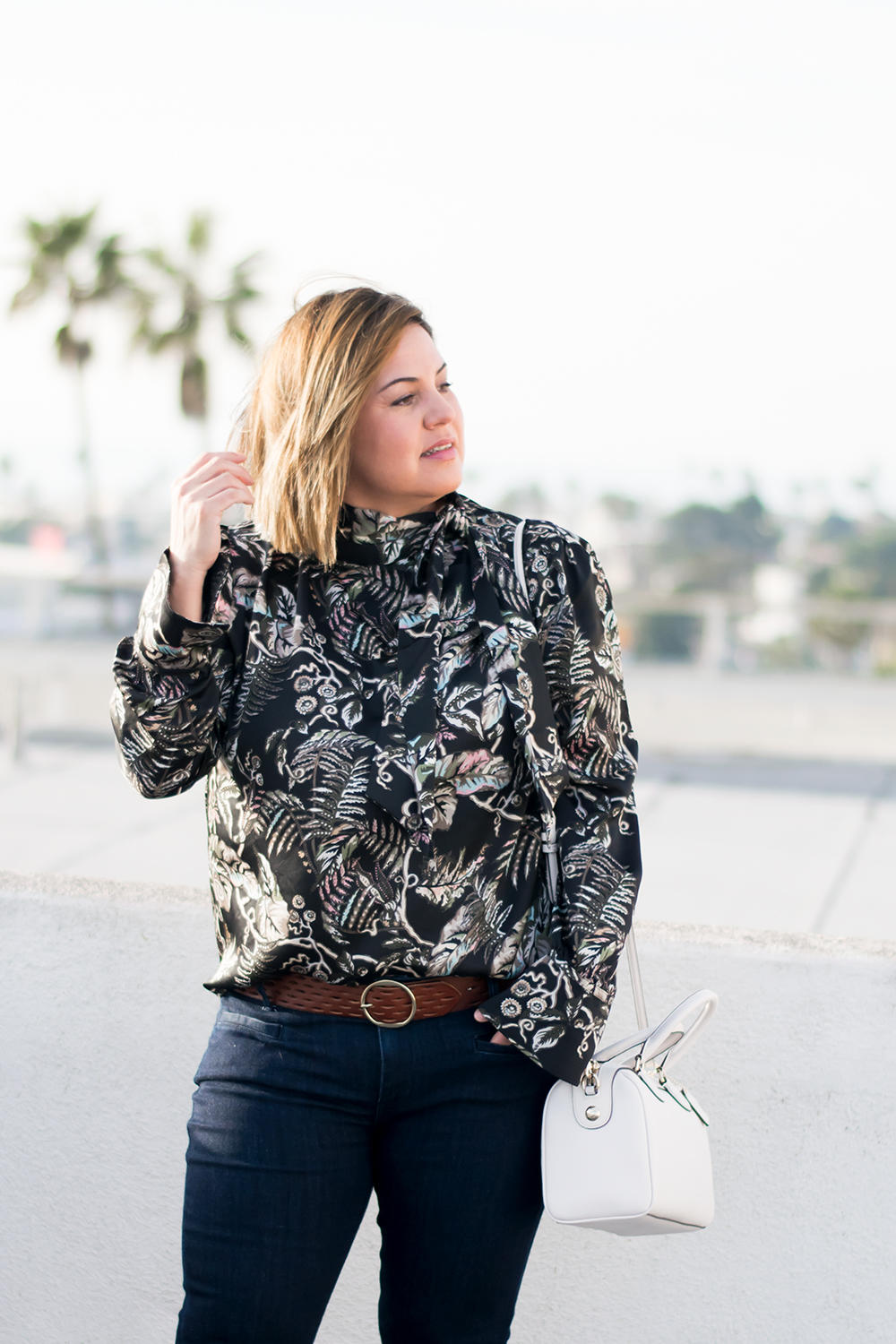Closet Staples The Printed Blouse Wardrobe Basics Capsule Wardrobe Barefoot In LA Fashion Blog Stylist Best Outfits of 2018 0038